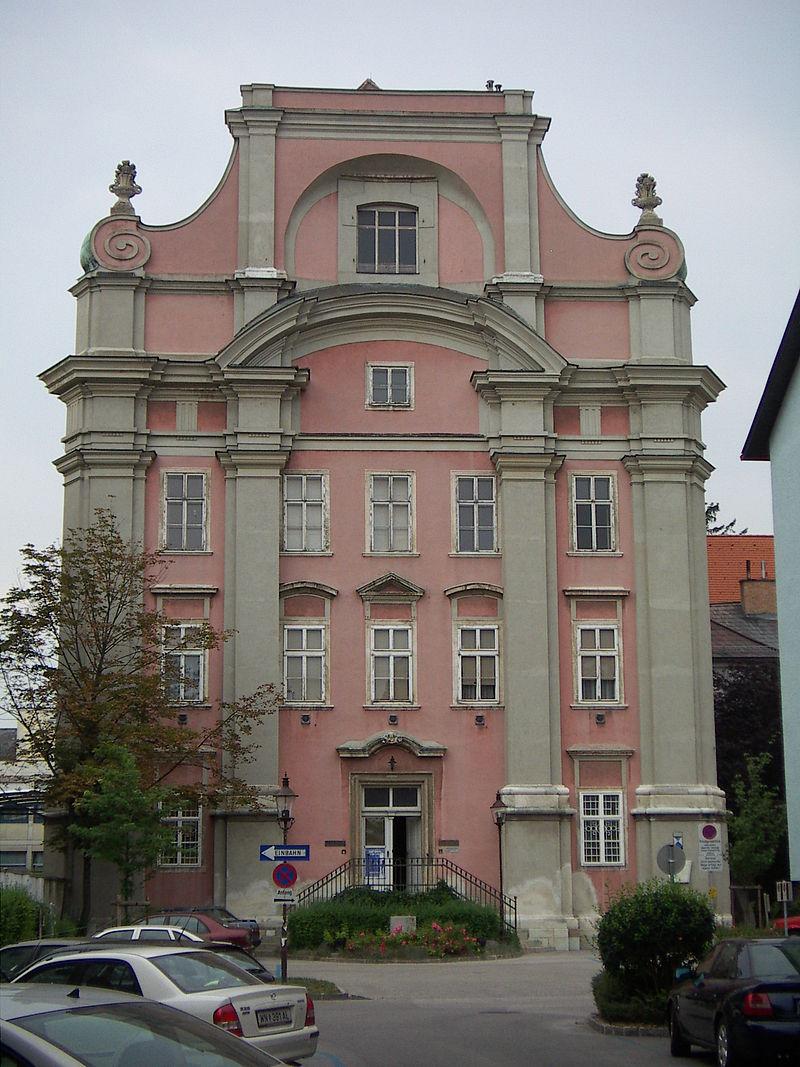 800px-Karmeliterkirche.WienerNeustadt.09A